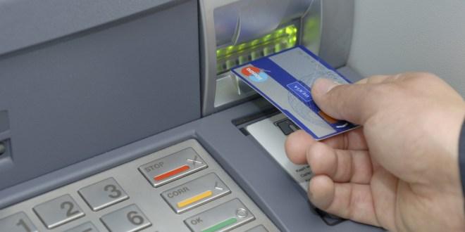platobna karta, bankomat