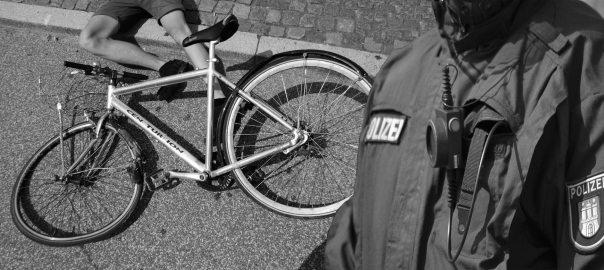Сбил велосипедиста в Германии. Уголовное дело.