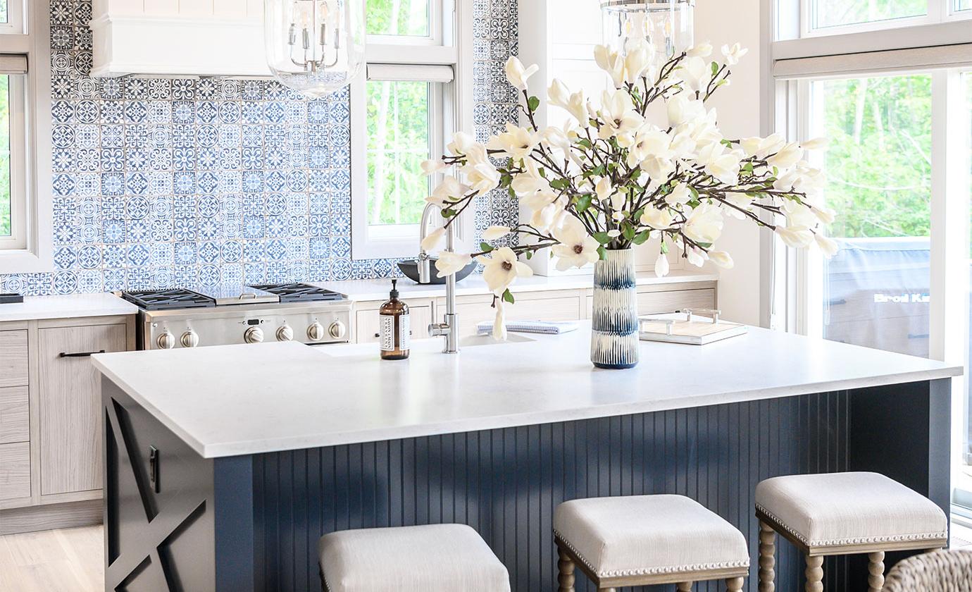 euro-tile-stone-cheo-dream-home-gawley-photography-kitchen-faenza