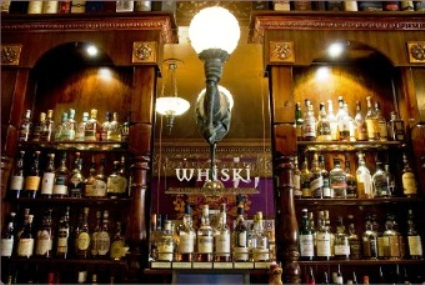 Whiski-Bar-Restaurant-Edimburgo