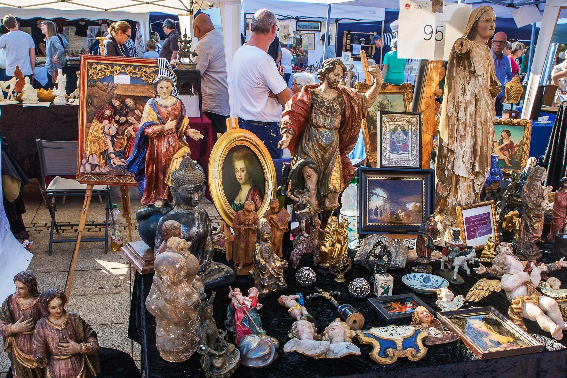 Antique market in Venice