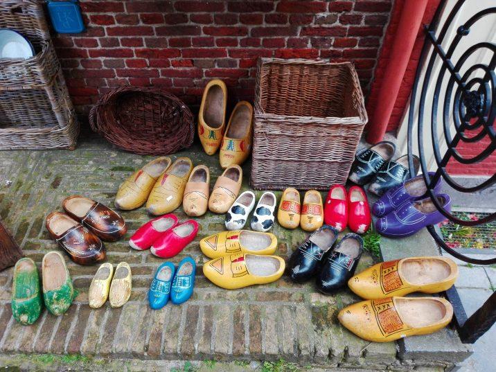 Zuecos en Tienda Vintage