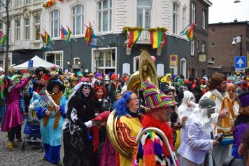 Maastricht Carnival 2019 - street party (18)