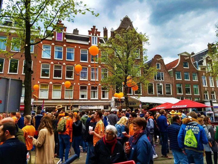 Celebrando el Día del Rey en Ámsterdam
