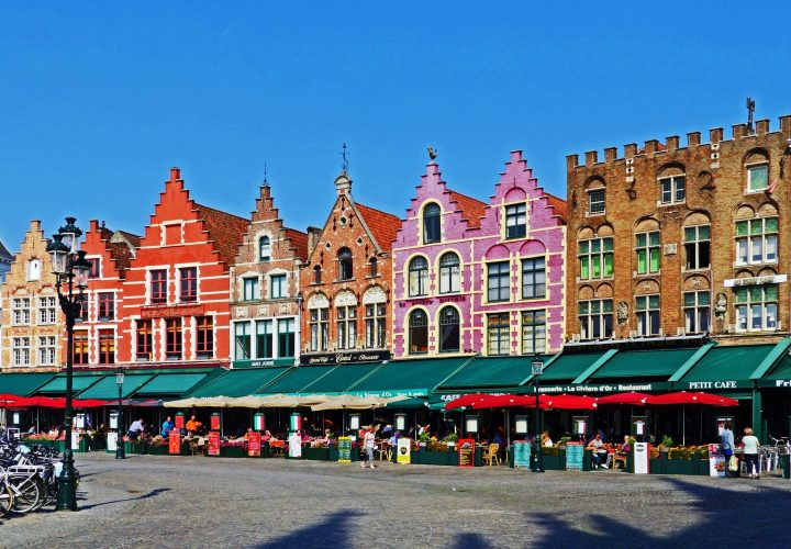 Colourful houses on the Markt in Bruges