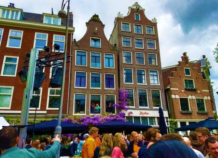 Fiesta en las Calles de Ámsterdam