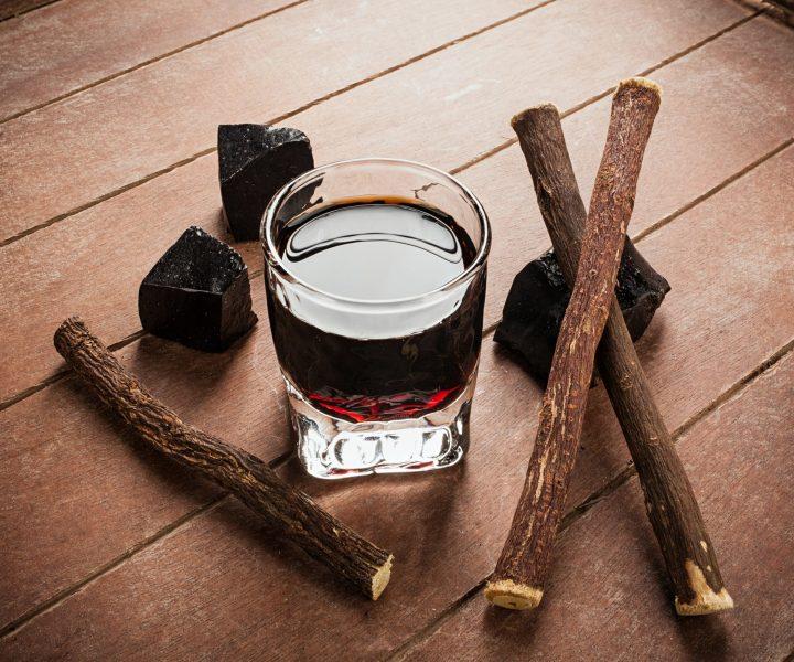Liquorice liqueur