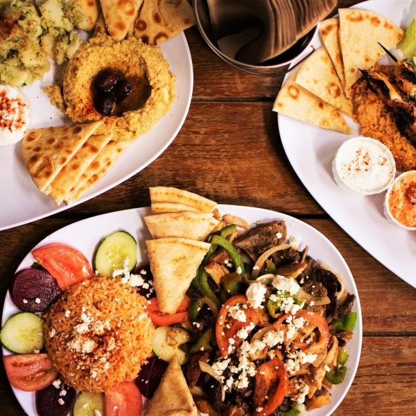 What and where to eat in Athens - typical Greek food, drinks and best restaurants