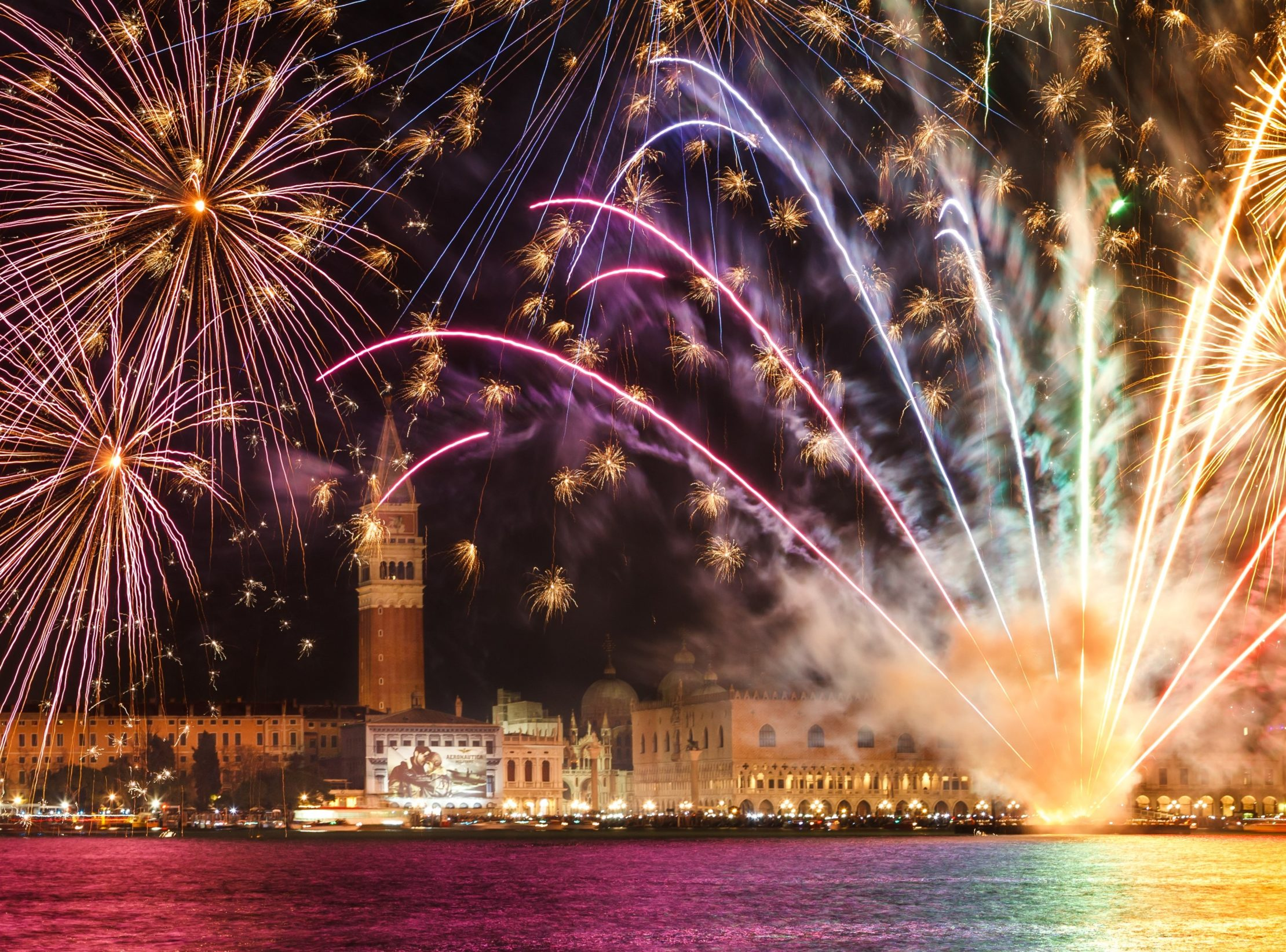 Best Cities in Europe for New Year's Eve_by_euroviajar