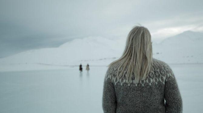 La carte postale de l'Islande est déjà en boite