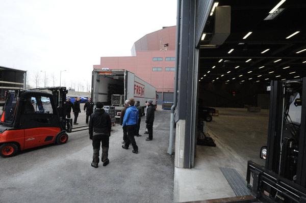 A Malmö, on stocke le matériel avant de le mettre en place à partir de mercredi prochain