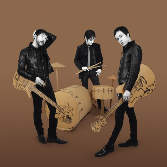 """Les découvertes de Nico: """"Take Me Back"""", le nouveau single du groupe STEVANS !"""