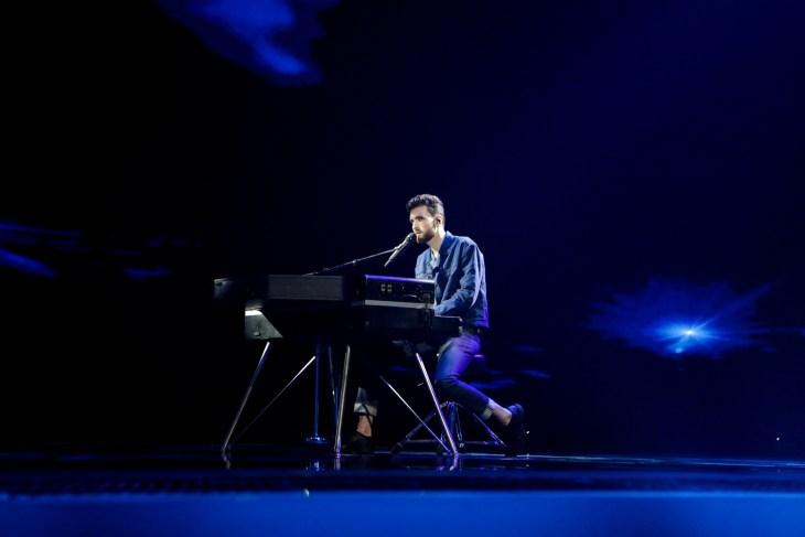 Netherlands - Duncan Laurence - Proud