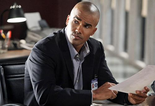 """""""The Performer"""" -- Morgan (Shemar Moore) reviews the details in the case of a Goth performer who has become lost in the frightening alter-ego he portrays on stage ? an alter-ego whom the BAU team suspects may be a brutal serial killer, on CRIMINAL MINDS, Wednesday, Nov. 11 (9:00-10:00 PM, ET/PT) on the CBS Television Network. Photo: Danny Feld/ABC Studios ©2009 ABC STUDIOS. TELEVISION. ALL RIGHTS RESERVED"""