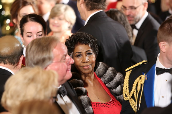 Singer Aretha Franklin attends a ceremony for the 2016 Kennedy Center honorees December 4, 2016 in the East Room of the White House in Washington, DC.