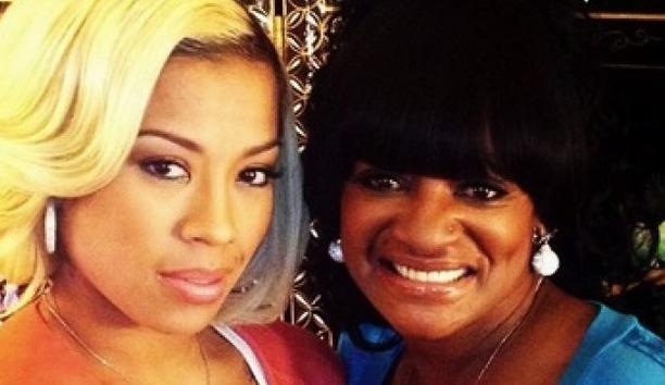 Keyshia Cole Frustrated Singer Sadly Details Mothers Return To The Streets And Drugs