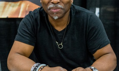 LeVar+Burton+Star+Trek+Mission+New+York+Day+AOeDZ_ajqlhl