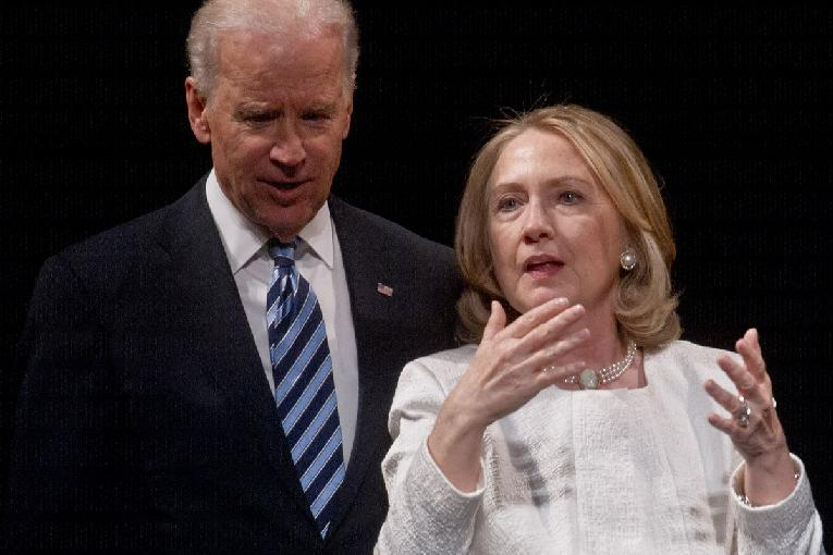 Hillary ready to swoop in 'as Biden stumbles'