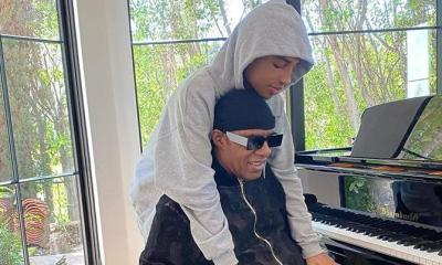 stevie wonder & son - piano - 70th b-day (Instagram)
