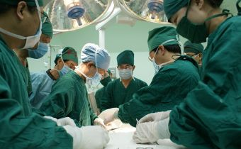 Fluorescent urine that detects organ transplant compatibility