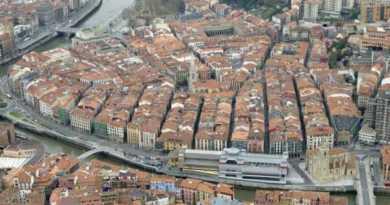 Ezker Anitza-IU critica la situación de precariedad laboral asociada al aumento del peso del sector turístico en Euskadi,