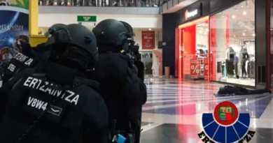 Ensayan un incidente con múltiples víctimas, en un centro comercial de Vitoria-Gasteiz,