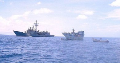 "Piratas somalíes intentan asaltar el atunero ""Txori Argi"","