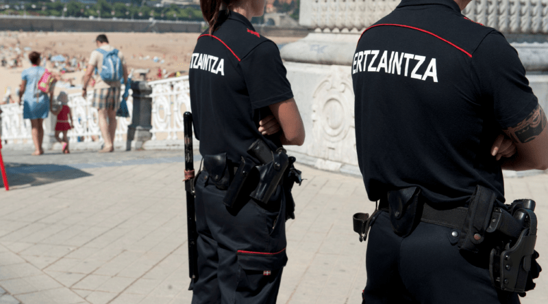 Detienen en Donostia a un varón por agredir a la empleada de un comercio al que entró a robar,