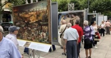 """Más de 40.000 personas visitan la exposición """"El Museo del Prado en las calles"""" en Eibar,"""