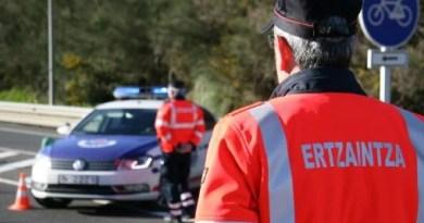 Tres personas resultan heridas en dos accidentes de tráfico en las carreteras vascas,
