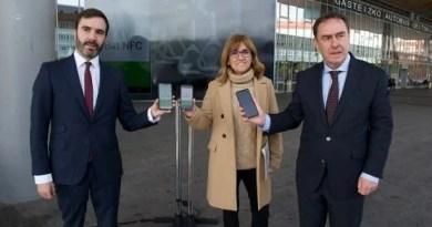 Entra en funcionamiento la nueva aplicación móvil de la BAT en Vitoria-Gasteiz,