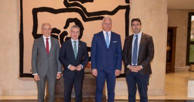 El Lehendakari recibe a responsables del grupo GRECO y de la OCDE,