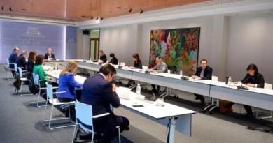 Reunión del Lehendakari y representantes de los partidos políticos vascos para abordar la decisión de retrasar la celebración de las elecciones,