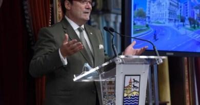 El Alcalde de Bilbao reorganiza su equipo municipal y el reparto de funciones entre las distintas Áreas,