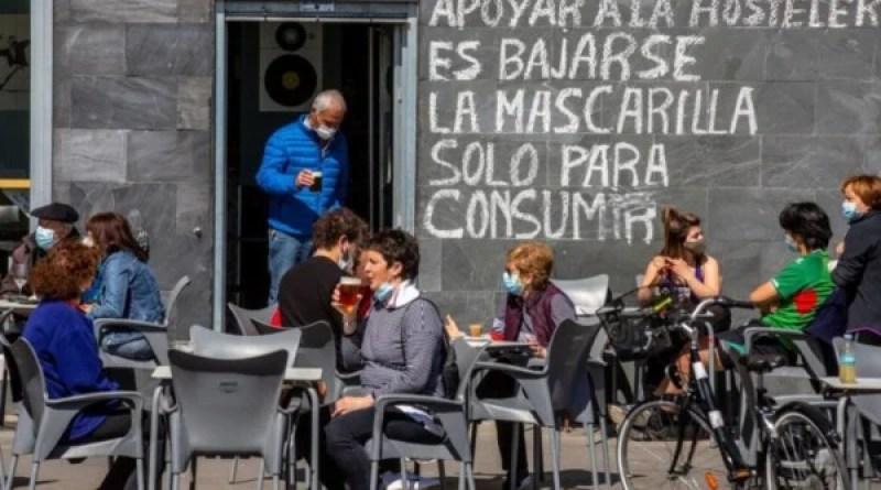 Los nuevos contagios aumentan en Euskadi hasta los 1.583 y se eleva su incidencia a los 630 casos,