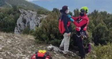 Rescatada una mujer en una zona montañosa limítrofe entre Araba y Burgos,
