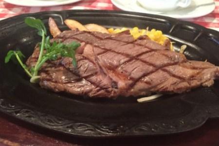 軽井沢に来たら「カウボーイハウス」〜牛肉は美容の味方〜