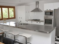 stainless-steel-kitchen-countertops-for-small-kitchen