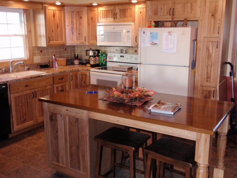 Rustic Hickory Kitchen Cabinets