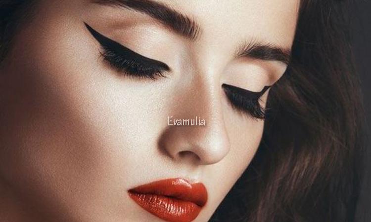 Klinik kecantikan - Eva Mulia - cara membuat make up natural - bahan alami - Make up merupakan salah satu gaya memakai make up untuk sehari-hari atau bila ingin tidak terkesan berlebihan