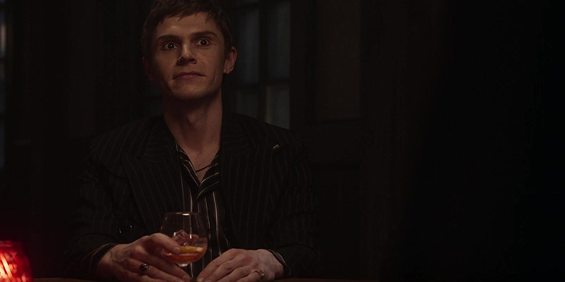 """Photos: American Horror Story """"Cape Fear"""" & """"Pale"""" Screen Captures"""