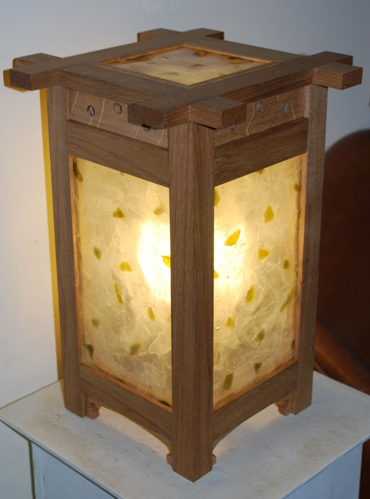 Jenia Gorfunkel - arts and crafts lamp 2