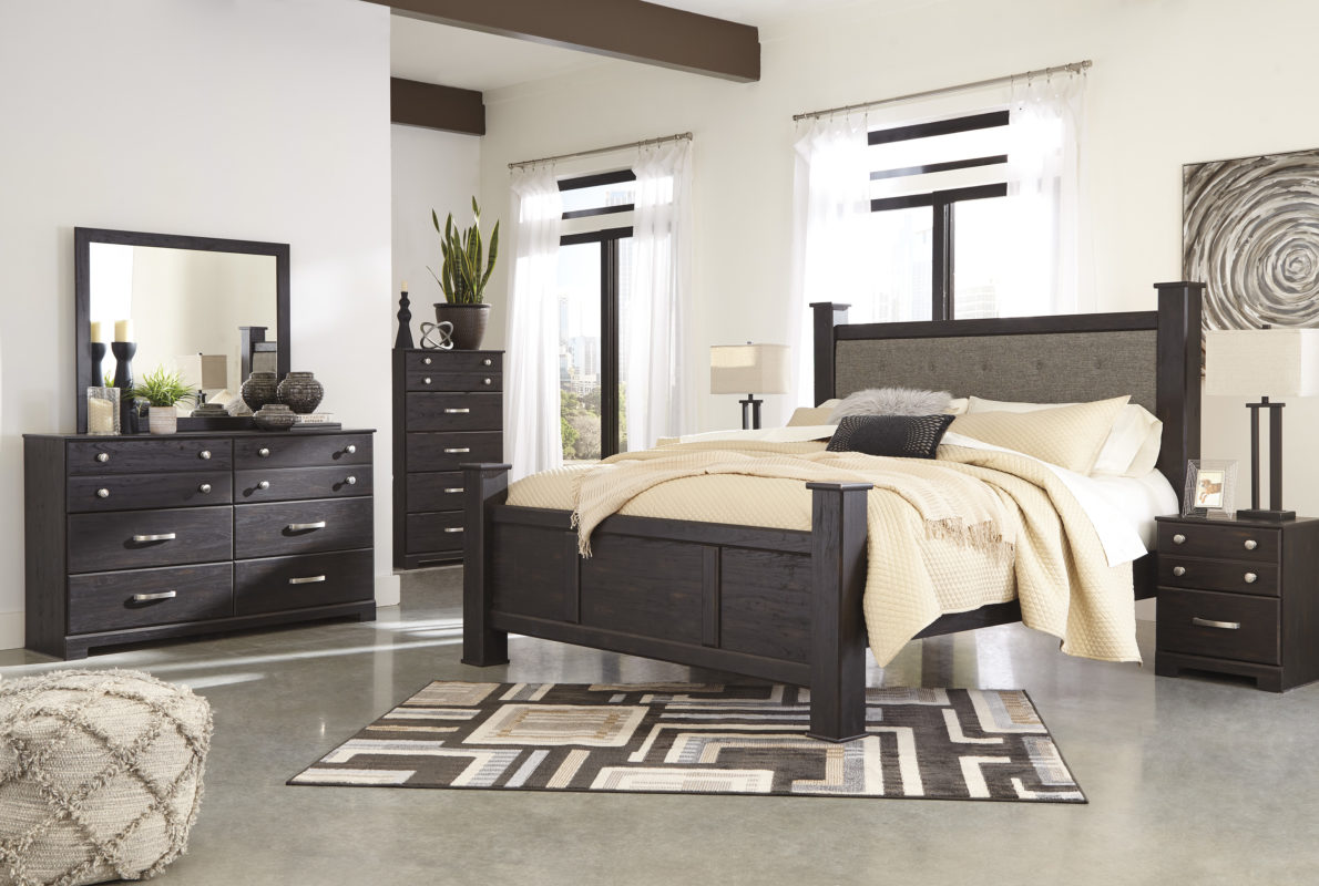 Take A Look At These Awesome King Poster Bedroom Set