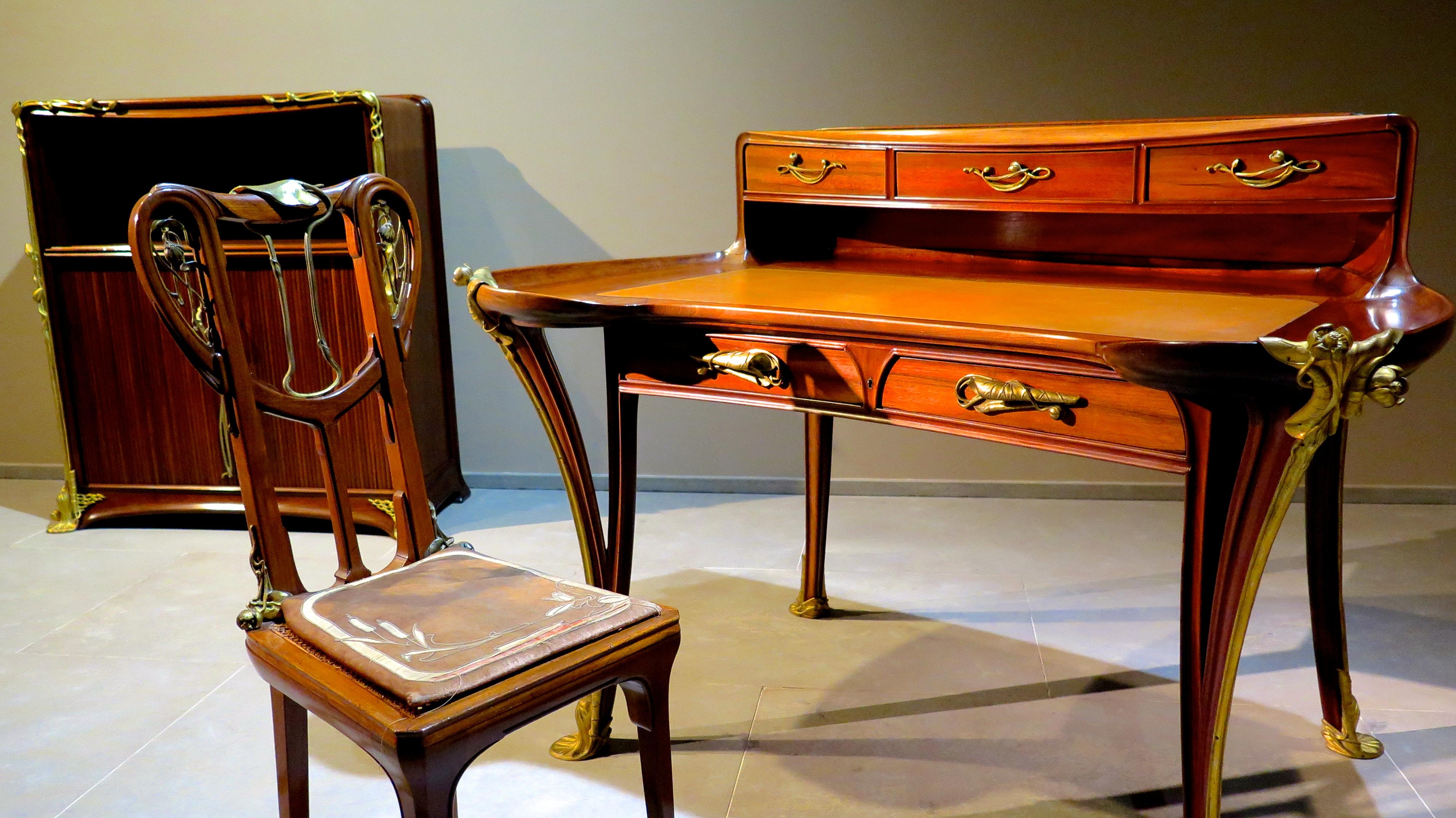 meubles art nouveau evasions bordelaises
