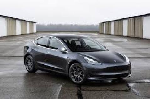 Tesla Model S - Sedan
