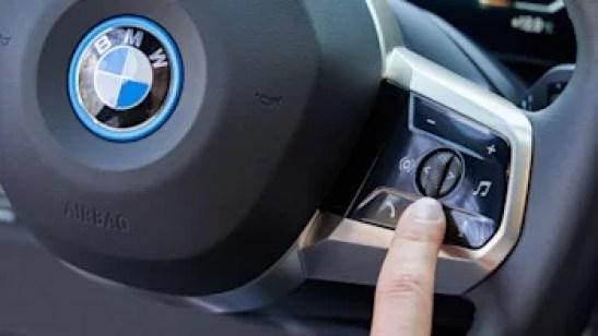 BMW iX XDrive 50 Features