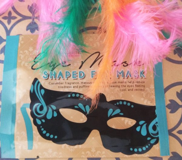 Eye Mask Shaped Eye Mask de Mad Beauty, mascarilla para el contorno de ojos