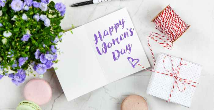 happy women s day box