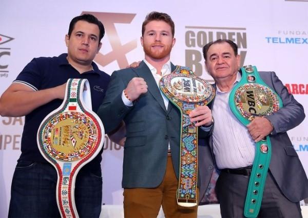 Eddy Reynoso, Canelo Álvarez & Chepo Reynoso (WBC)