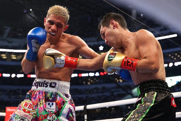 Elwin 'Pulga' Soto gana en controvertido final ante Takayama